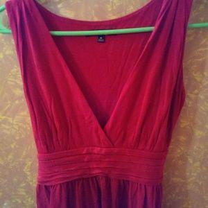 Red sleeveless summer dress. Size medium
